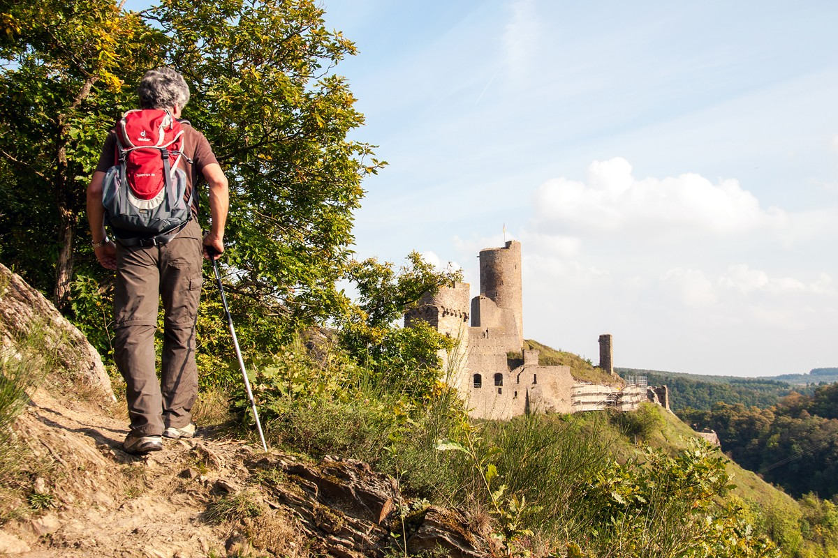 """Burgenblicke - oder: der """"Traumpfad Monrealer Ritterschlag"""""""